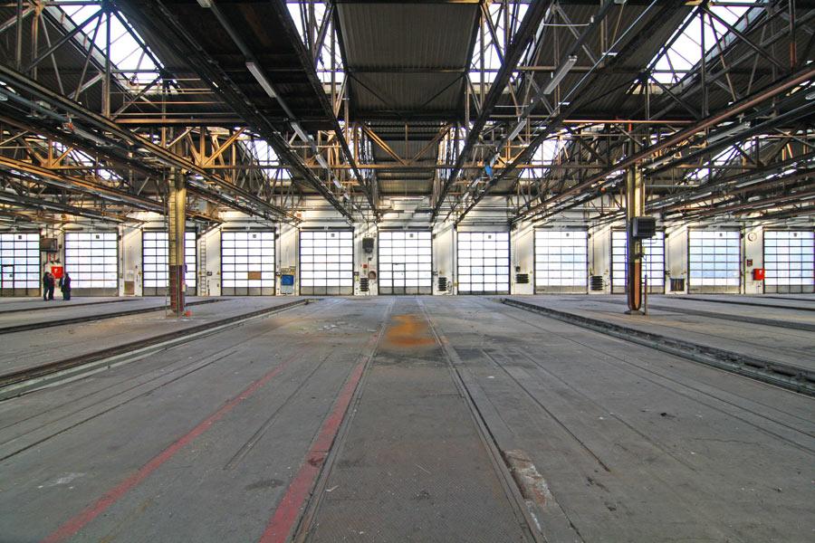 Werkhalle im Westen von München