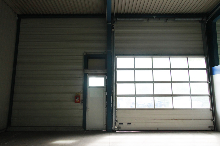 Produktions- und Lagerhalle Stadtgebiet