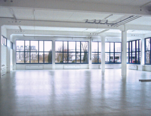 Hochwertige Hallenfläche mit Büro